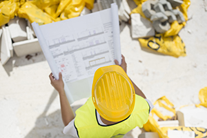 Latest construction safety report calls for daily safety briefings