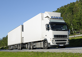 Tips for choosing a truck driving school.